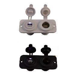 USB en 12 Volt Stopcontact Inbouw